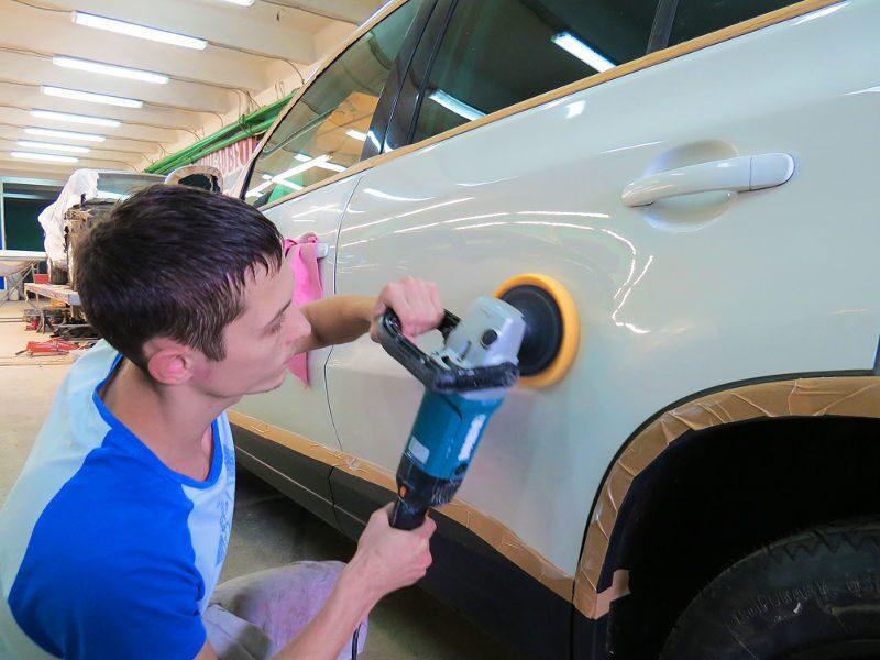 Чем обезжирить кузов автомобиля в домашних условиях
